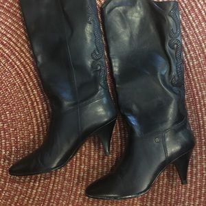 Etienne Aigner leather boots with embellishment.